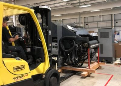 Hyster moving machinery